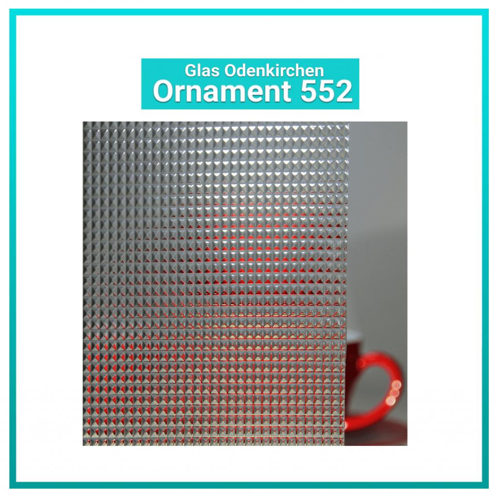Ornament 552